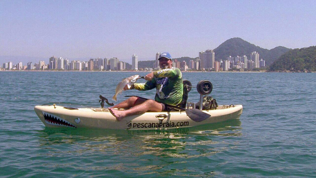 foto-pesca-caiaque-1024x578 Chicote Pesca Corvina Inteligente